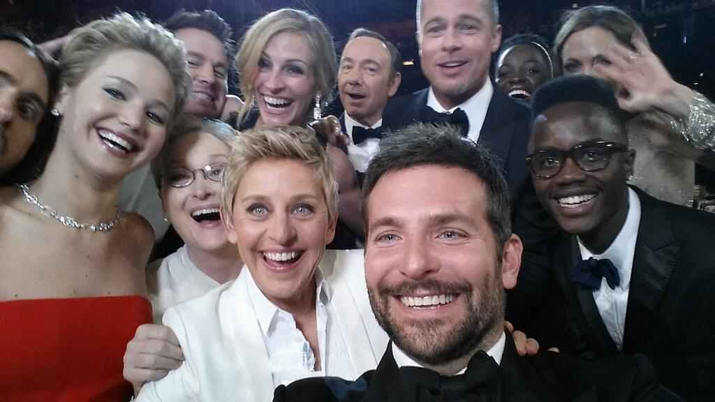 ellenselfie Samsung part of Twitter history at the Academy Awards
